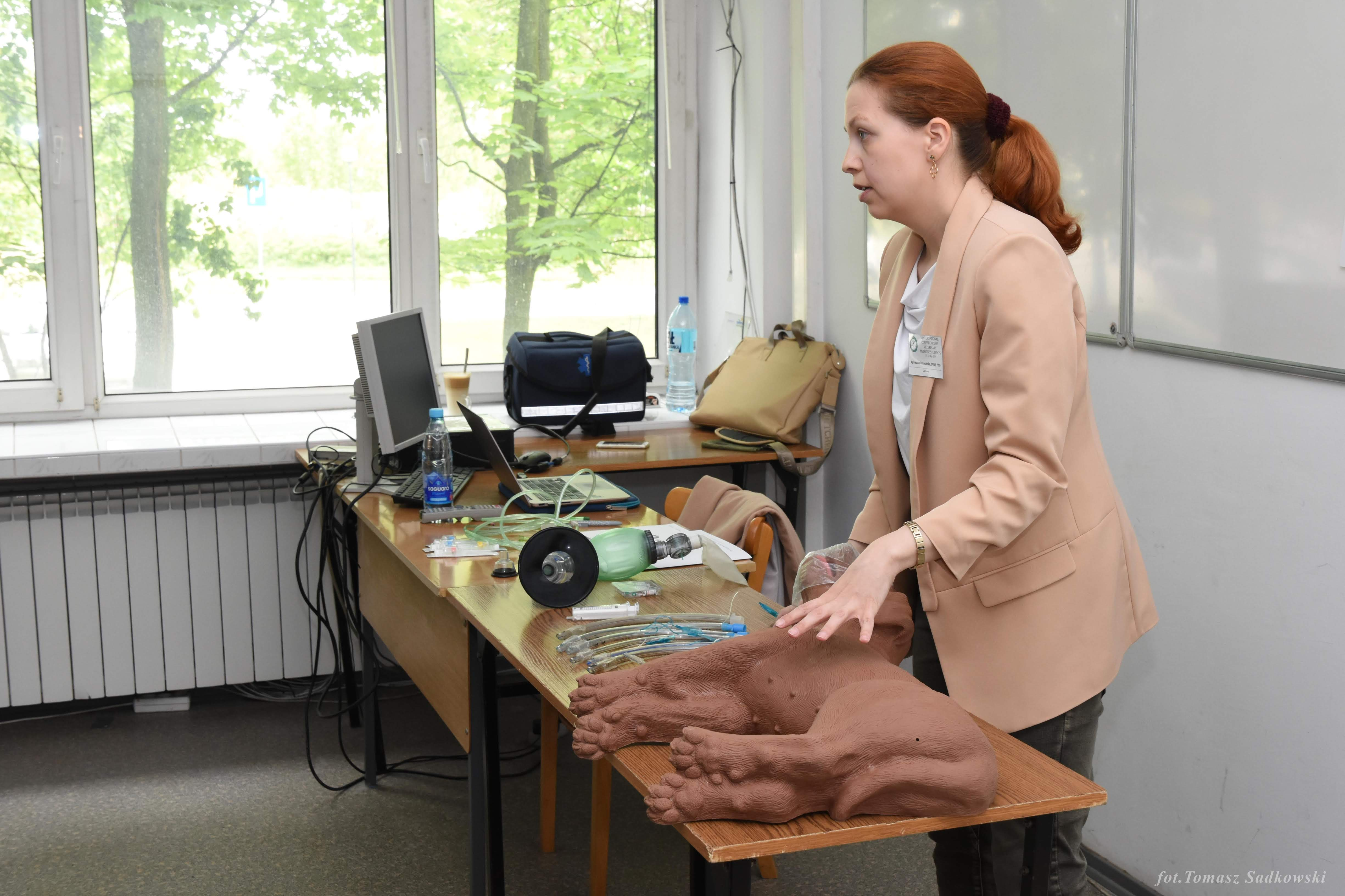DVM  PhD Agnieszka Wrzesińska during CPR workshops